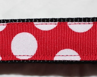 "Red or Green Dots on White Dot Dog Collar (1"") - Side Release Buckle"