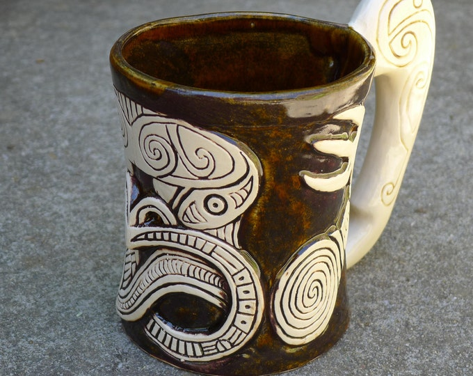 Tiki Coffee Mug with War Club Handle - dark brown / white - Very Limited edition