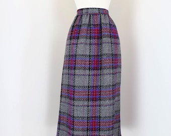 "70s 1980s Skirt - Plaid Midi Skirt - Grey Purple Black Red - Mad Men Style - 100% Wool - Fully Lined - Pockets - Size Small 27"" Waist"