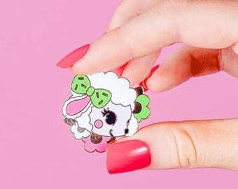 Baby Lamb Hard Enamel pin,lapel pin // Retro, Kitsch pin badge, animal pins