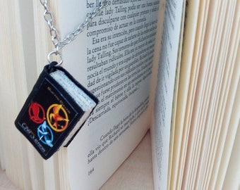 The hunger games - jewelry Peeta Mellark - jewelry for Katniss Everdeen - Fans - District 13 - hunger games birthday gift