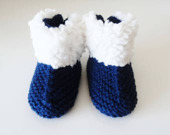 small blue woolen boots filled baby from 1 to 3 months - baby - booties - Navy wool shoes - fur