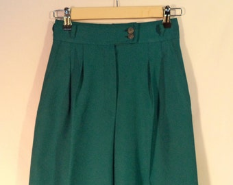 70s high waist pleated front wide leg bell bottom vintage polyester pants// Women's size XS small 2-4 USA 24-25W