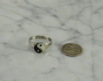 Sterling Silver Yin-Yang Ring