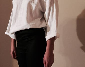 Basic linen long sleeve top