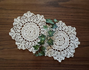 Vintage Crochet Lace Doilies, Snowflake Design, 7 Inch, Crocheted Doily Pair