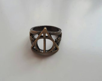 Harry potter deathly Hallows bronze ring size 9