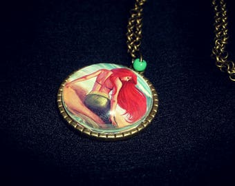 Necklace (cameo) * Ariel *