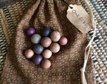 Ditty Bag with 12 Vintage Clay Marbles - Civil War Marbles Early Fabrics Primitive Toy FAAP