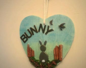 Bunny style pebble art wooden heart wall hanging