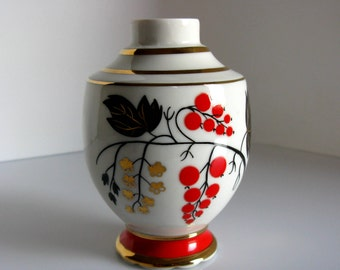 70,s Russian Hand Painted Porcelain Bud Vase / Lomonosov / LFZ / Made In USSR / Red Currant Design / Gold / Red / Black / Russian Porcelain