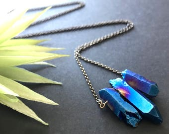 Blue Quartz Crystal Necklace // Pendant Necklace // Natural Stone Necklace // Boho Necklace // Long Necklace // Modern Necklace