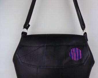 PIEL DE RUEDA - Recycled inner tube woman bag