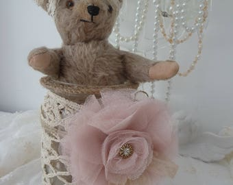German Steiff bear Teddy Künstlerteddy antique Steiff doll vintage beige lace beads gift birthday