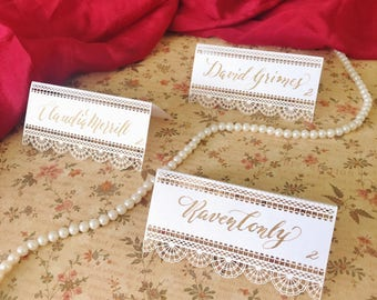 Lace place cards / Laser cut / Calligraphy / Handwritten / Vintage wedding / Elegant wedding / Wedding calligraphy