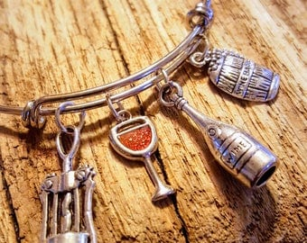 Wine Lovers Charm Bracelet, Wine Lovers Jewelry, Sommelier Jewelry, Wine Drinker, Wine Charms, gift for her