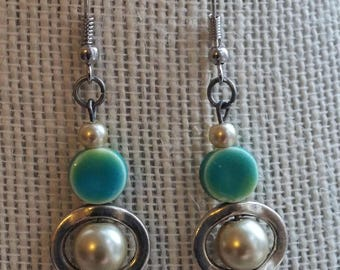 nauticool earrings, pearly