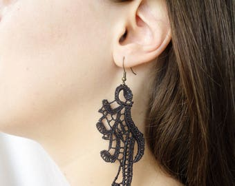 Black lace earrings Once upon a time cosplay Regina Mills, ouat jewelry, goth wedding earrings, art nouveau renaissance  silver earrings
