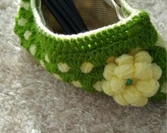 Green Purse Pouch Make-Up Bag Portmonee Crochet Handmade