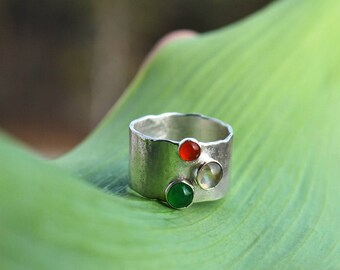 three stones ring, statement ring, colorful ring, multistone ring