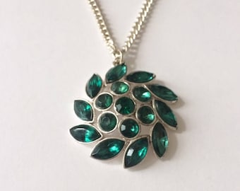 Vintage Emerald Green Flower Statement Necklace