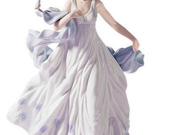 Lladro collectible figurine summer serenade