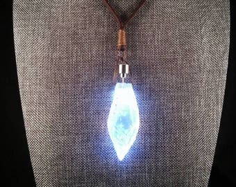 Jyn's Kyber Crystal Pendant Necklace - Lit version - Trust In The FORCE! Soulinertia - Fatal5150 (Lightsaber, Jyn Erso, Rogue One, Jedi)