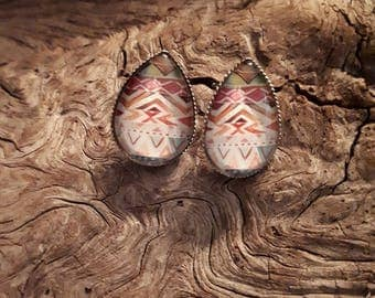 cabochon 13 x 18 in stainless steel, Aztec style, nail or hook
