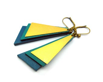 "Leather and brass earrings / / ""LENY"" blue and gold"