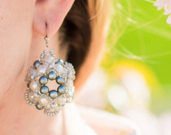 Pearl Seed bead earrings White Silver pearl beaded earrings Silver seed bead earrings 3D Dangle Earrings Seed bead White Silver jewelry