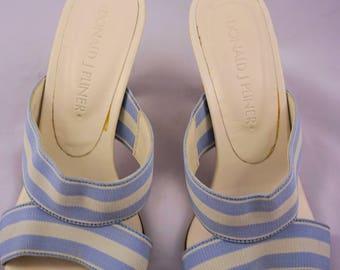 Donald J Pliner 5.5M Open Toe Wood Heel Sandals