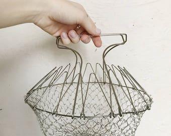 Vintage metal wire egg basket holder with handles