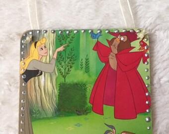 Disney Sleeping Beauty - Princess Aurora and the Owl hanging plaque