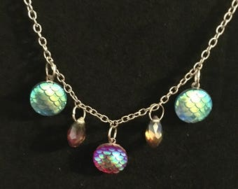 Holographic Mermaid Scale Dragon Scale Necklace