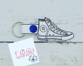 Sneaker Key Fob Snap Tab Embroidery Design 4X4 size. Shoe Key chain Digital design