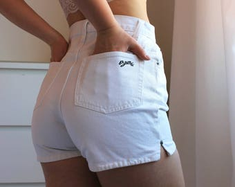 Vintage B.U.M. Equipment 90s High Waisted White Denim Jean Shorts Small W27