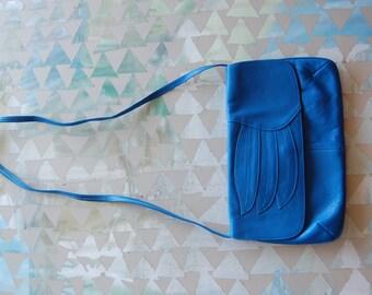 Vintage purse // leather purse // blue leather //  80's // blue leather // 80's purse