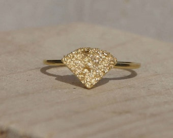 Gold diamond shaped ring