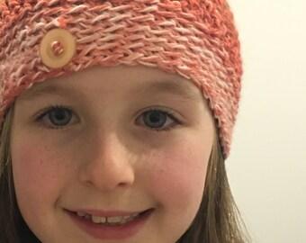 Crocheted Child's beanir