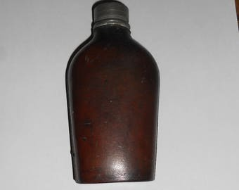 Sykes leather bound hip flask. Circa WW1