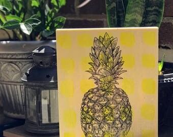 Tropical Summer Pineapple Print on Wood Canvas