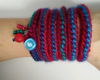 Crocheted bracelet
