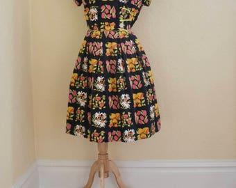 1950's Fashion Frock summer garden dress