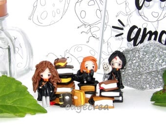 Small sculpture Harry Potter and his friends in Fimo