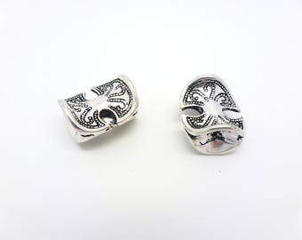 2 beads ethnic carved 18 * 16mm antique silver (PHPA01)