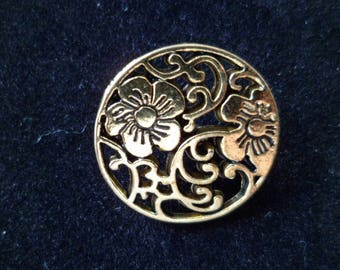 2 buttons sewing gilded carved flowers 20 mm