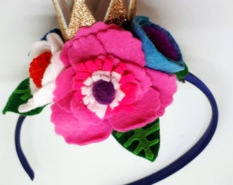 Headband with flowers and crown