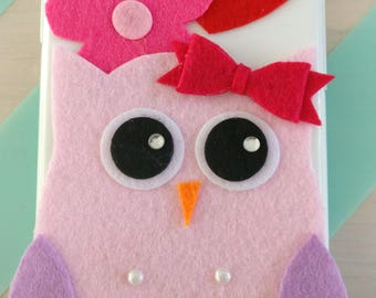 IPhone 6 cell phone cover with OWL