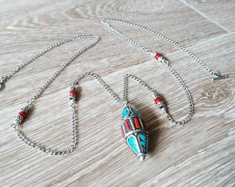 Ethnic Tibetan and coral Bead Necklace