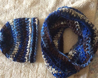 Lakeside crochet hat and infinity scarf